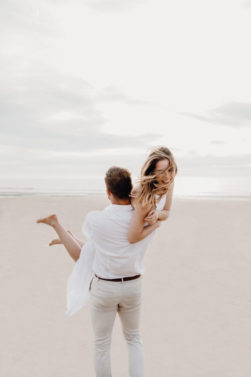 Verlobung am Strand
